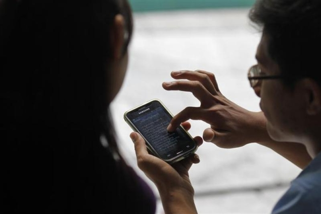 70 percent students use smartphone in India: Survey