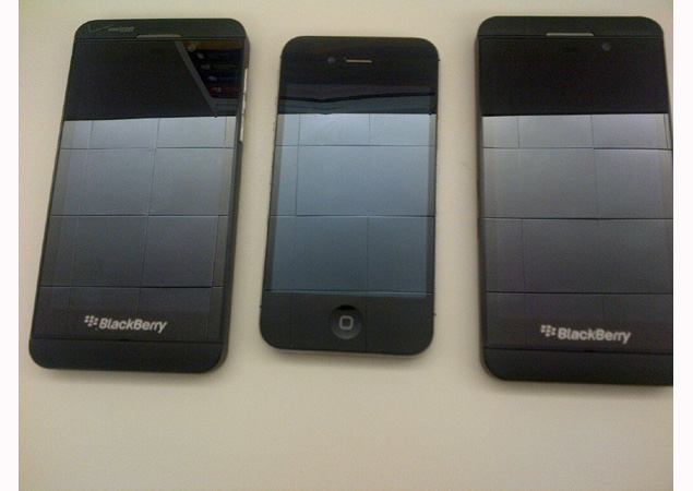 BlackBerry 10 leaks keep on coming, reveal purported price and specs
