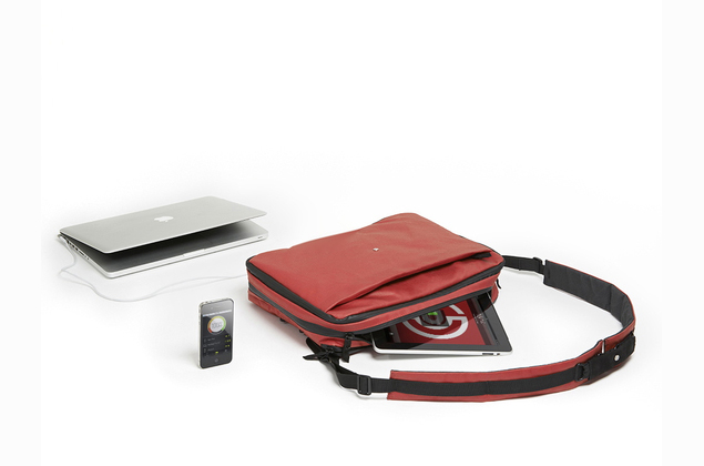 'Smart bag' to charge all your gadgets