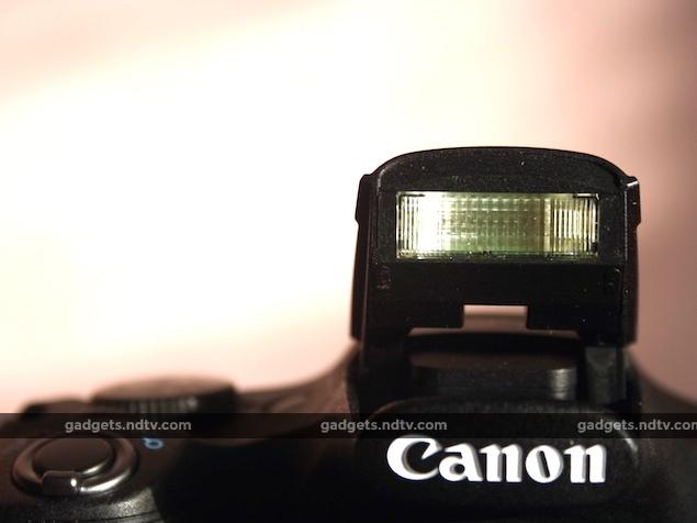canon_powershot_sx530hs_flash_ndtv.jpg