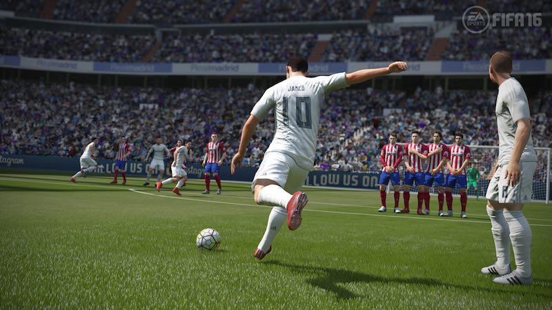 free_kick_james_FIFA16_EA.jpg