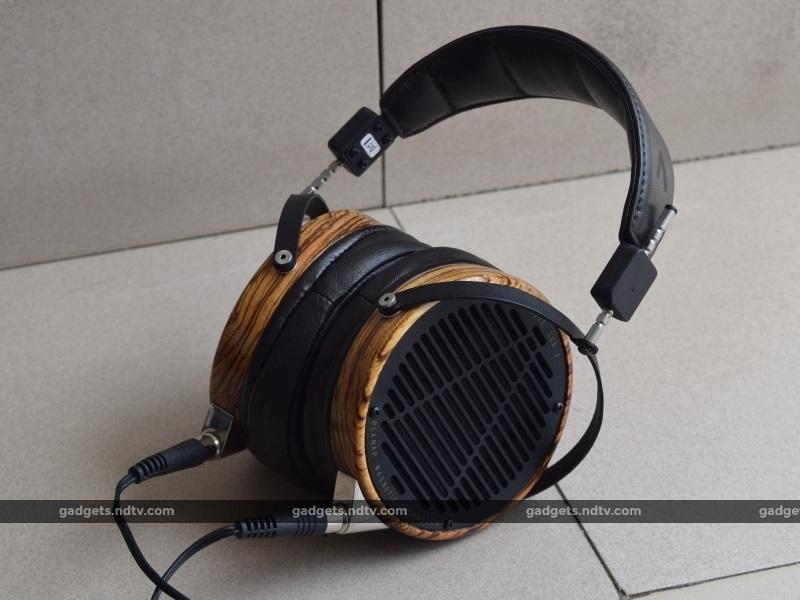 headphones101_audeze_lcd3_ndtv.jpg