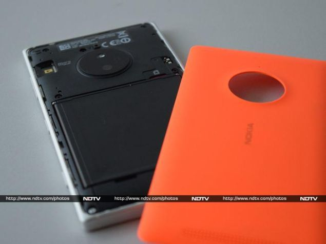 nokia_lumia_830_battery_ndtv.jpg