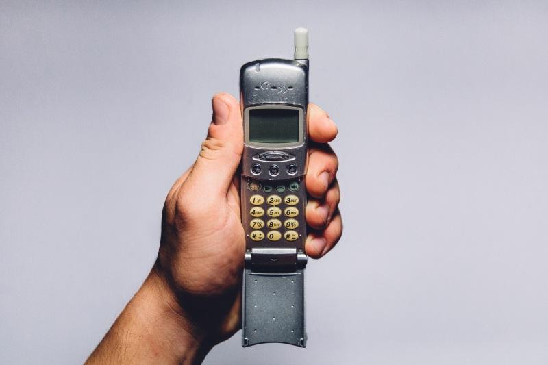The 'Dumb' Phone Isn't Dead Yet