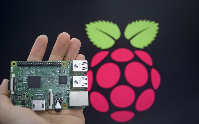 Three Great Projects Using a Raspberry Pi 3 for the Summer