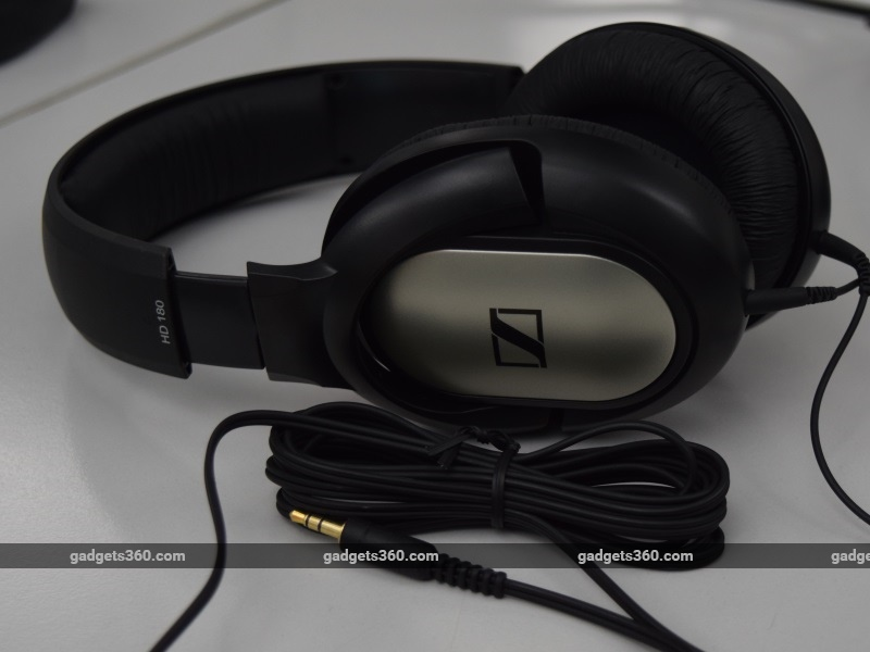 sennheiser_hd180_main_ndtv.jpg