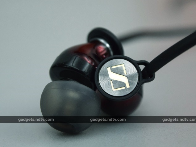 Sennheiser Momentum M2 IEi Review: Killer Looks, Not-So-Satisfying Sound