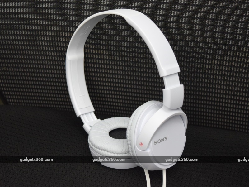 c09b598bbc4 Sony MDR-ZX110 Review | NDTV Gadgets360.com