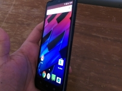 Motorola Moto Turbo First Impressions: The Big Daddy of the Motorola Lineup