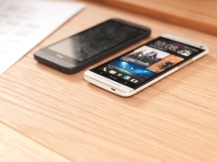 Why You Should Give the Price Wars a Miss and Join the Smartphone Elite