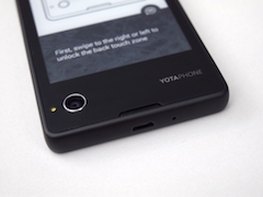 Yota Devices YotaPhone Review: It's Different
