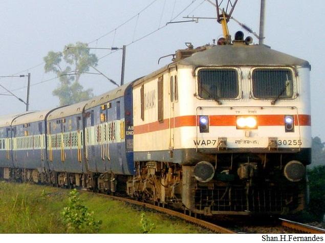 IRCTC से ट्रेन टिकट बुक कराने वालों के लिए ये 9 सुझाव हैं काम के