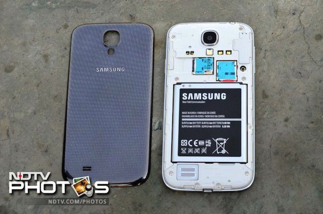 Samsung-galaxys4-3.jpg
