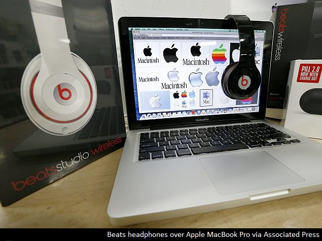 Former Executive Sues for Stake in Beats Electronics, Object of Apple's Desire