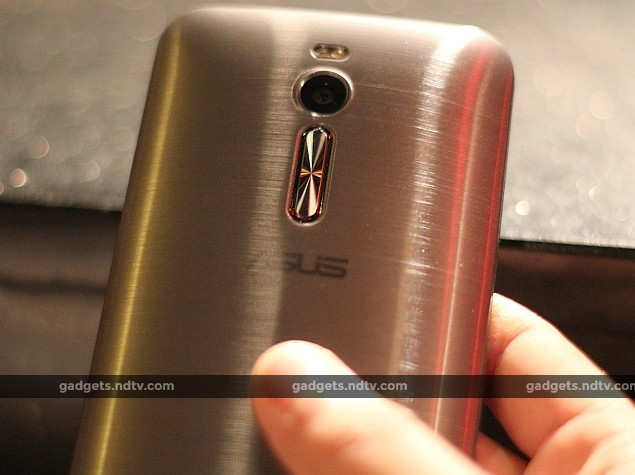asus_zenfone_2_rear_camera_buttons_ndtv.jpg