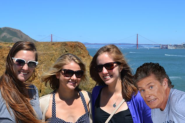 auto_awesome_photobomb_google_april_fools_day.jpg