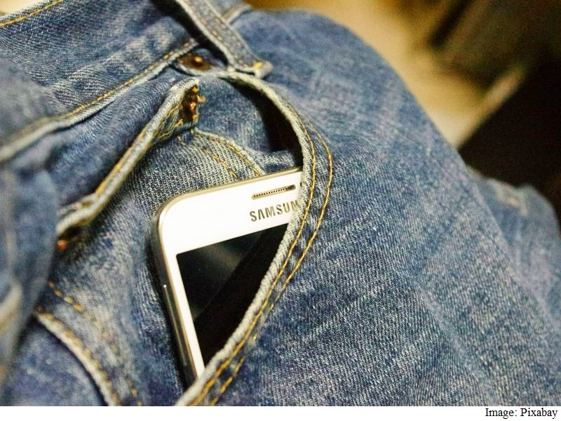 Samsung Galaxy S7 Phones to Be Water-Resistant, Support MicroSD Cards: Report