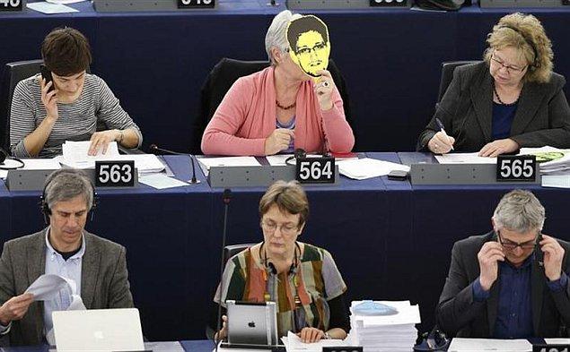 European lawmakers threaten to veto US trade deal unless EU tackles snooping
