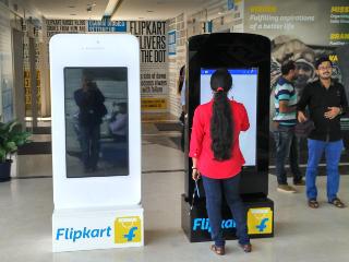 Flipkart, Hike Messenger Cross 50 Million Downloads on Google Play