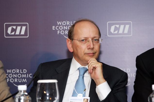 Alcatel-Lucent boss leaving as losses mount