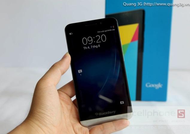 BlackBerry Z30 spotted in alleged walkthrough video
