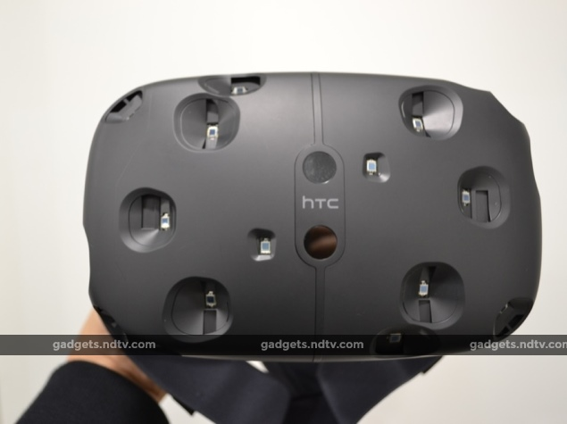 HTC_Vive_front.jpg