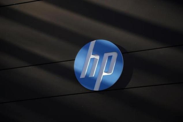 HP raises earnings outlook for 2013 as Meg Whitman's turnaround plan takes hold