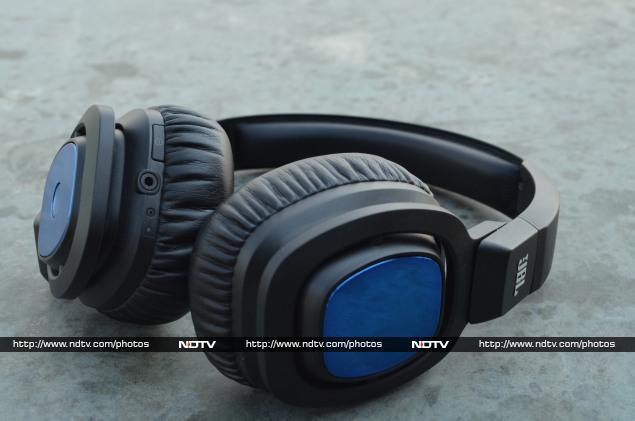 JBL 56BT Bluetooth wireless headphones review