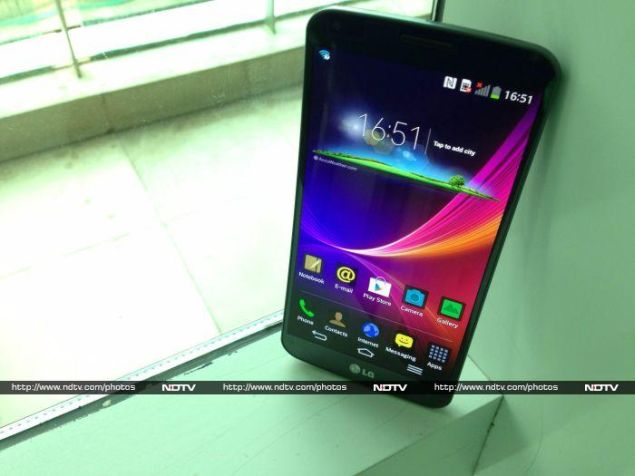 LG G Flex review: A peek into the future