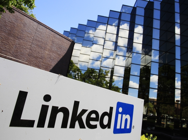 LinkedIn to open service to high school students