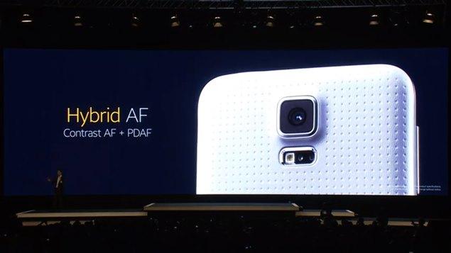 MWC2014_Samsung_GalaxyS5_camera.jpg