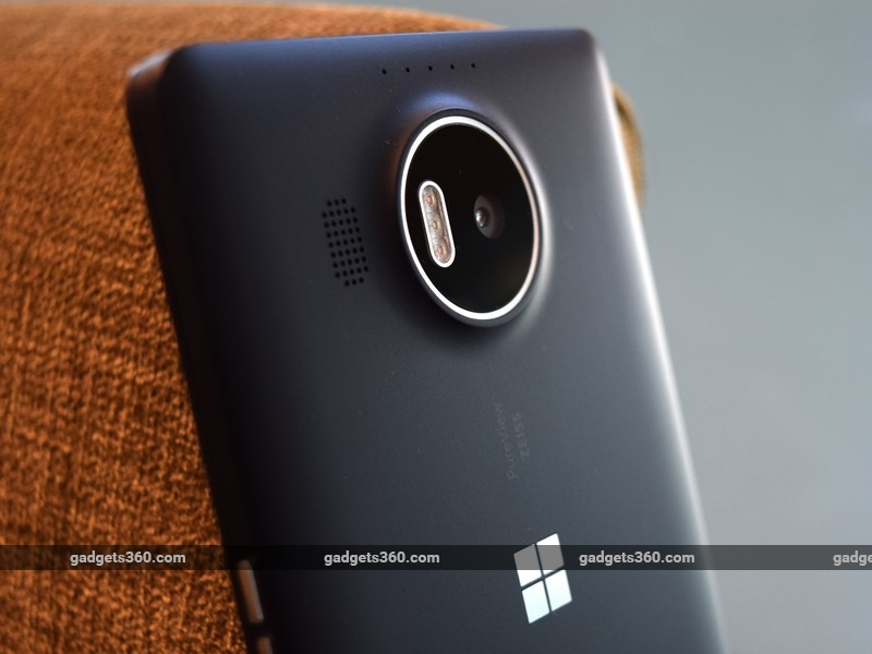 Microsoft Lumia 950, Lumia 950 XL Now Receiving Bug-Fixing Windows 10 Mobile Update