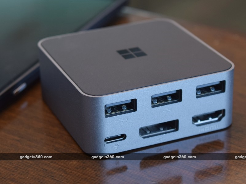 Microsoft_Lumia_950XL_dock_ndtv.jpg