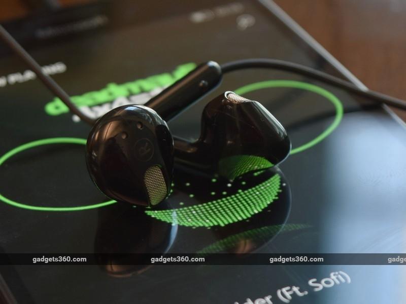 Microsoft_Lumia_950XL_headphone_ndtv.jpg