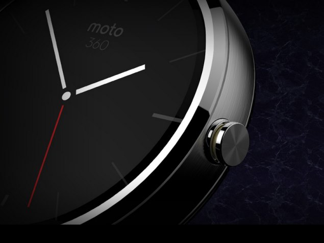 Moto 360 Android Wear watch specifications: 1.8-inch display, water-resistant body