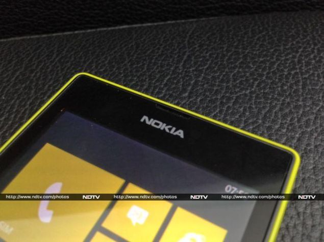 Nokia_Lumia_525_fronttop_ndtv.jpg