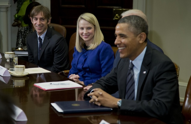Obama meets Apple, Google, Microsoft and other tech firm's chiefs amid NSA concerns
