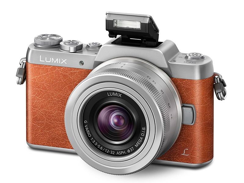 Panasonic Launches Lumix GF8, a Mirrorless Camera for Selfie Enthusiasts