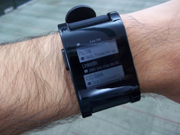 Pebble v2.0 and App Store: First impressions