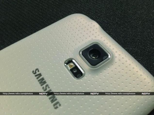 Samsung Galaxy S5 Beats iPhone 6 in Consumer Satisfaction Survey