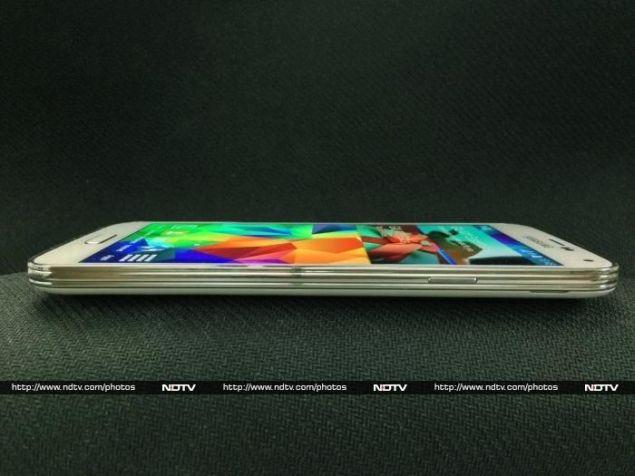 Samsung_Galaxy_S5_right2_ndtv.jpg