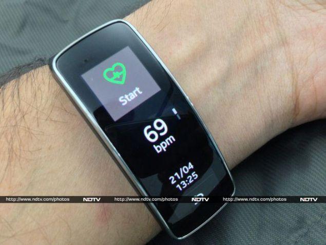Samsung_Gear_Fit_05_heartrate_ndtv.jpg