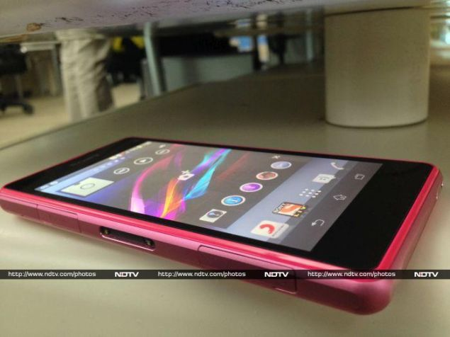 Sony_Xperia_Z1_Compact_pink_ndtv.jpg
