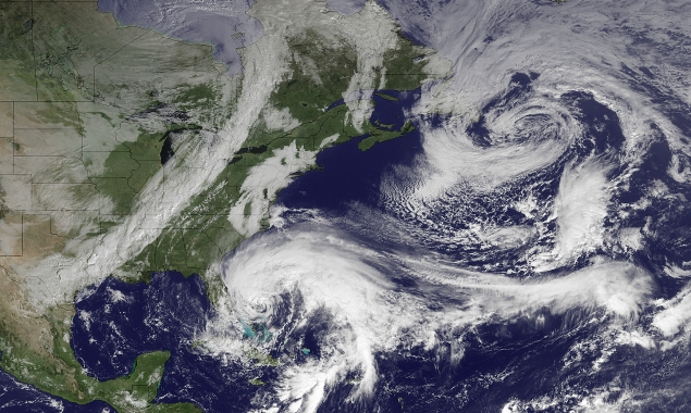 Monitoring Climate Change software uses local weather data to predict trends