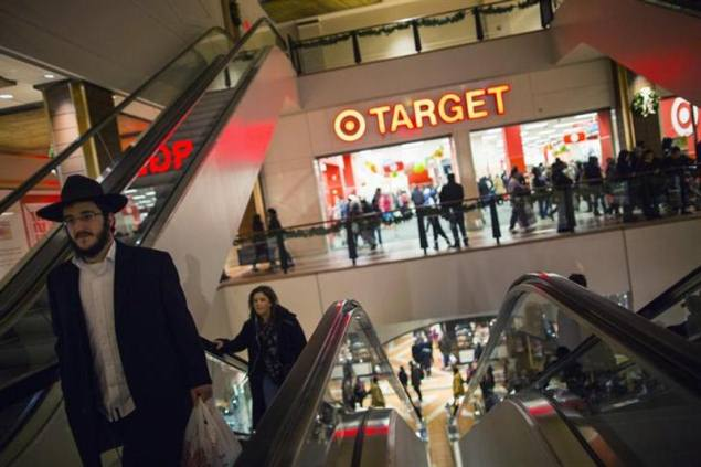 Target cyber-breach affects up to 40 million credit and debit cards