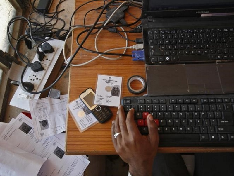 India's Billion-Member Aadhaar Biometric Database Raises Privacy Fears