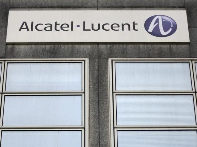 lucent merger Alcatel-lucent, born from the merger between alcatel and lucent technologies,  provides products and innovations in ip and cloud networking, as well as.