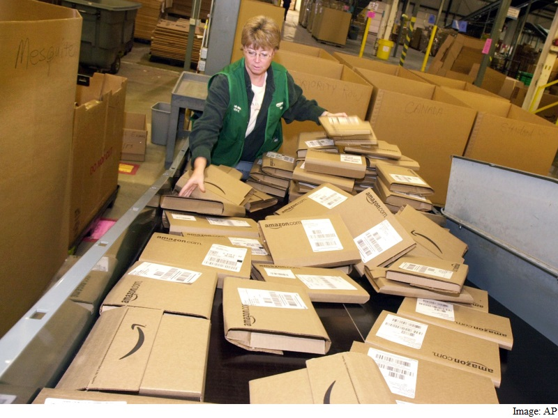 Amazon Veers Into Labour Law Fight Zone for Hurried Deliveries