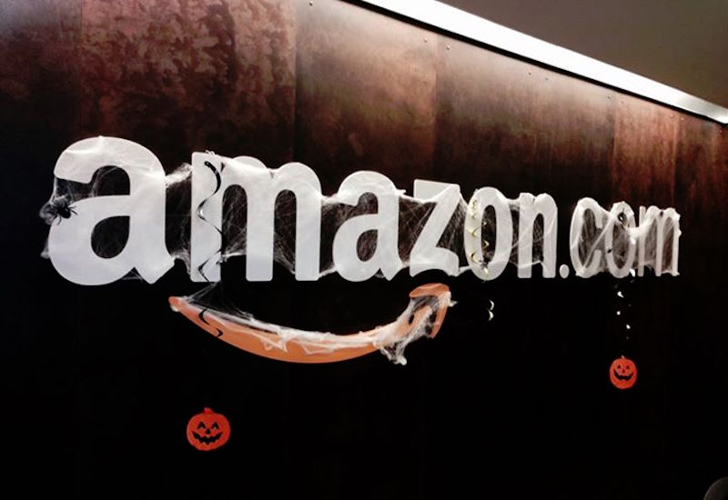 Amazon Goes After Over 1,000 'Fake Reviewers' With US Lawsuit