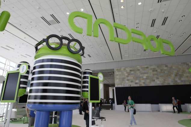 Android in 79 percent of smartphones sold in 2013, iOS share falls: SA